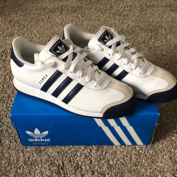 71a918699ac689 adidas Shoes - Adidas Samoa white navy sneakers with box